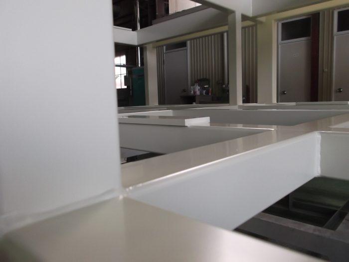 白塗装 大型フレーム03